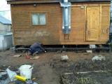 Замена фундамента дома с использованием домкрата