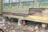 Как правильно заменить фундамент дома из дерева